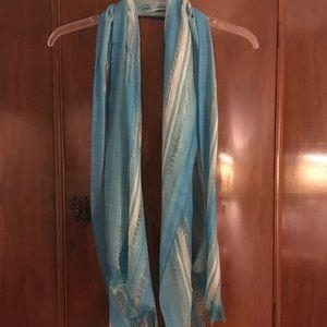 Blue scarf